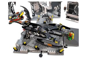 7783 Bat Vehicle