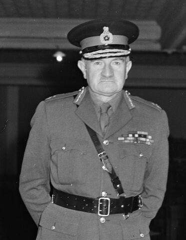 File:William Slim, 1950.jpg