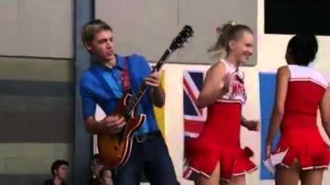 "Glee - Full Performance of ""We Got The Beat""-0"