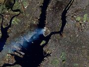 Manhattan on September 12 - Landsat7