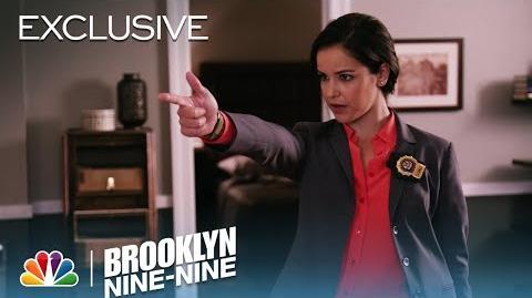 Brooklyn Nine-Nine - Suiting Up The 9-9 (Digital Exclusive)