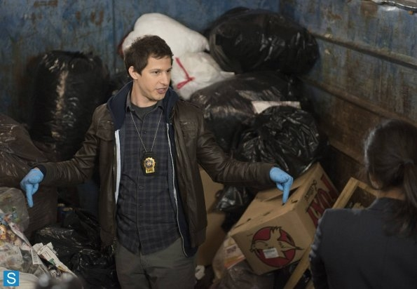 File:Jake in Dumpster.jpg