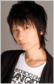 Tomoaki Maeno (Asahina Natsumi)