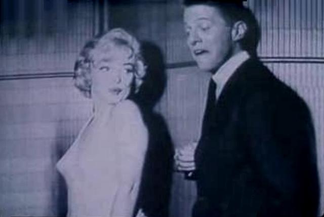 File:Biff Marilyn.png