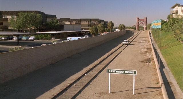 Bestand:Eastwood ravine.jpg