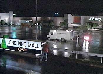 Image - Lone pine mall.jpg   Futurepedia   FANDOM powered ...