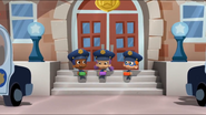 PoliceLunch