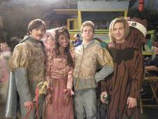 @ashleyargota9 Hope you all enjoyed our musical!! )))httptwitpic