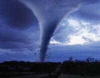 Amazing Tornado Roar