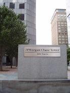 JPMorganChaseTowerEntranceHoustonTX