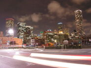 800px-JPMorgan Chase Tower with Houston Skyline at night