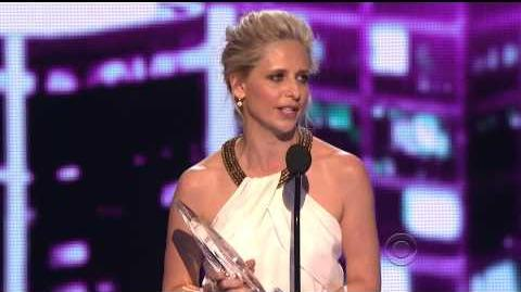 Sarah Michelle Gellar People's Choice Awards 2014 Acceptance Speech HD