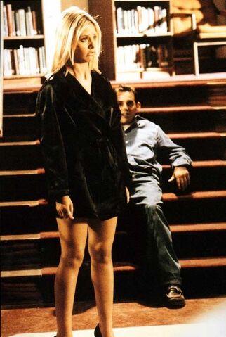 File:BuffyXanderLib.jpg