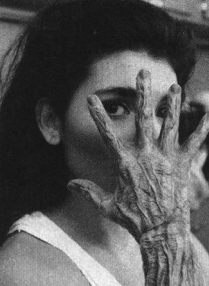 File:Inca mummy girl hand behind the scenes.png