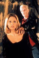 B2x07 Buffy Spike 01