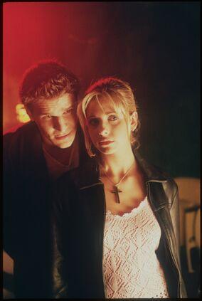B2x01 Angel Buffy