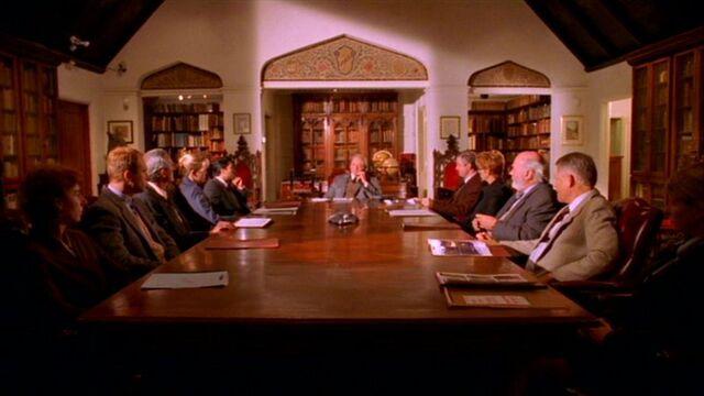 File:Watchers' Council-1-.jpg