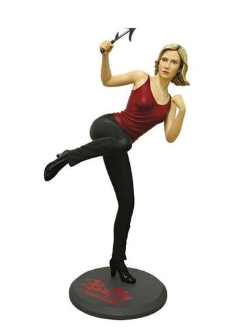 File:Buffy Attakus Statue.jpg