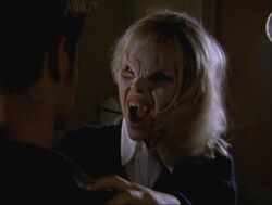 Darla en vampire