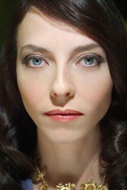 Juliet Landau - 01