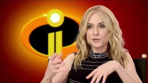 "Incredibles 2 ""Elastigirl"" Behind The Scenes Holly Hunter Interview"
