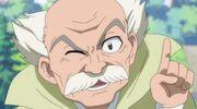 El Quinto Tsuchikage felicitando a Kusana