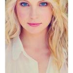 Carolinee (: