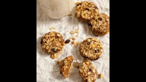 Raw Oatmeal Walnut Raisin Cookies-0
