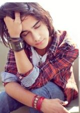 Avan-jogia-hair