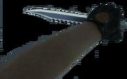 Sarah Michelle Gellar knife