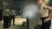Безголовый Мэйсон уходит от табачного дыма