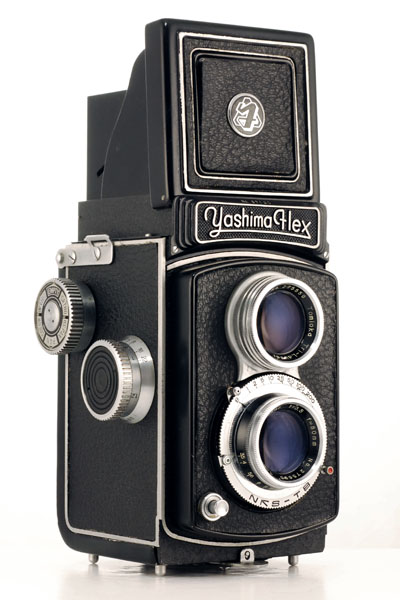 Yashica TLR NEW Red Filter with Bay 1 mount for Rollei