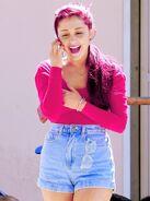 Ariana17