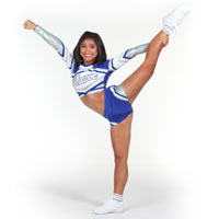 File:Cheerleading-flyer-stretches.jpg