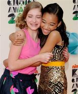 Willow-shields-and-hugging-gallery