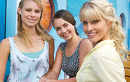 Mako Mermaids At Ocean Cafe