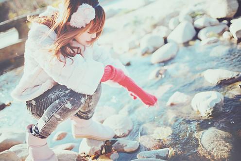 File:Japanese,girl,winter,girl,1,water,,,,-3e7b139ee544d06783541739abd1d95b h.jpg