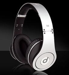 Monster-beats-studio-high-definition-headphones-off-white-black