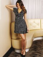 I8034 jamie-gunns-for-littlewoods-collection-sprin 0004-768x1024