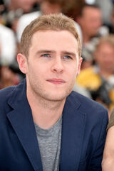 Iain De Caestecker Lost River Photo Call Cannes uYPmto39cIWl