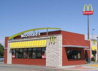 McDonalds-Gestation-Pen-3-537x392