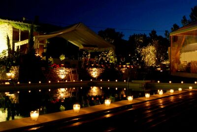 Candle-lit-flower-pool-decorations-party-candle-lit-flower-pool-decorations-party
