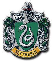 Slytherin-Crest-slytherin-17304074-250-284