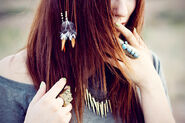 Feather-girl-hair-jewelry-model-Favim.com-459160