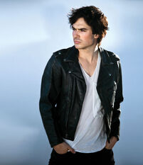 Ian-somerhalder-photoshoot-vegas-magazine-2010-lost-17324505-650-752