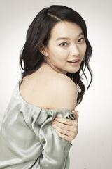 Shin-Min-Ah2