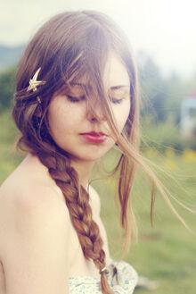 Beautyful-girl-long-brown-hair-pretty-Favim.com-113060 large