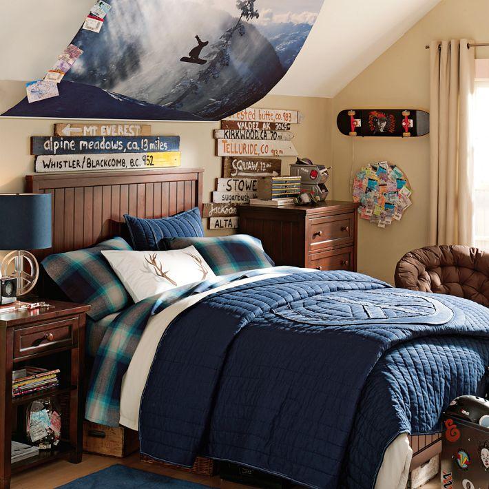 Colum's bedroom