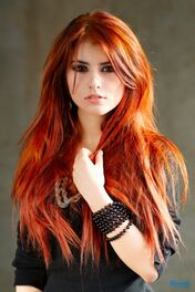 What-hair-color-is-right-for-me-red-shade-hair-img-4