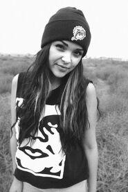Black-and-white-girl-hair-hat-pretty-Favim.com-447573